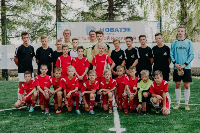 Красносельские мальчишки сделали шаг к большому футболу на новом поле от «НОВАТЭК»