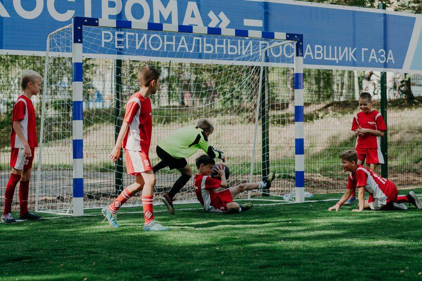 Фотоотчет  — открытие спортивной площадки НОВАТЭК в поселке Красное-на-Волге