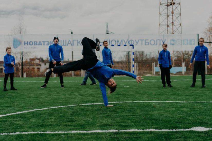 Современная футбольная площадка от НОВАТЭК стала событием недели