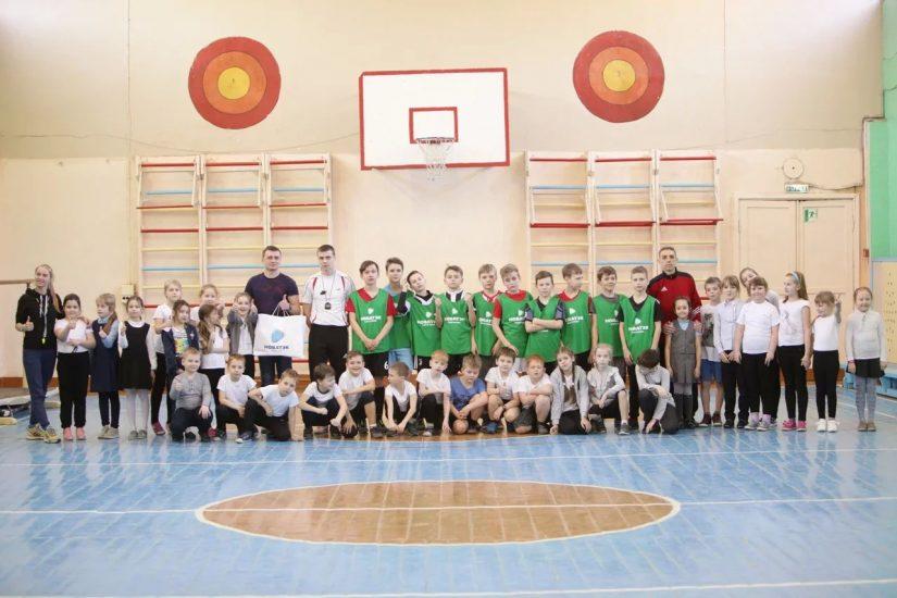 Компания «НОВАТЭК-Кострома» проводит мастер-классы в рамках подготовки к очередному сезону соревнований по мини-футболу на Кубок «НОВАТЭК» — «Шаг к большому футболу!»