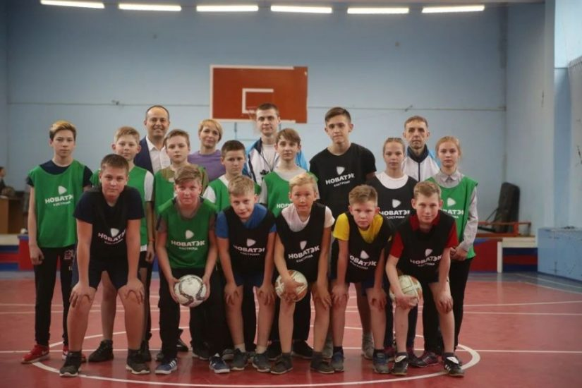 В футболе даже девочки: мастер-классы от компании «НОВАТЭК-Кострома» пользуются все большей популярностью